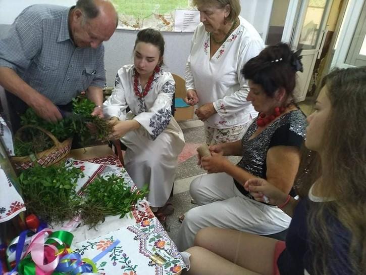 Inicjatywa Trociniec-Inicjatywy międzypokoleniowe na Ukrainie-Fundacja KReAdukacja (1)